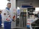 Borković toči benzin